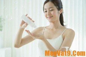 Cách dưỡng ẩm da mặt hiệu quả và đơn giản nhất tại nhà