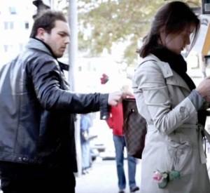 Cách hay tránh bị móc túi khi ra đường
