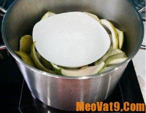 Cách làm tinh dầu bưởi tại nhà cực nhanh và đơn giản