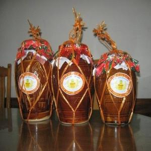 Rượu nếp Hoành Bồ